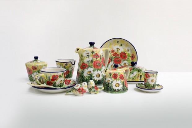 Wystawa prezentująca ceramikę wytwarzaną współcześnie na Ziemi Bolesławieckiej