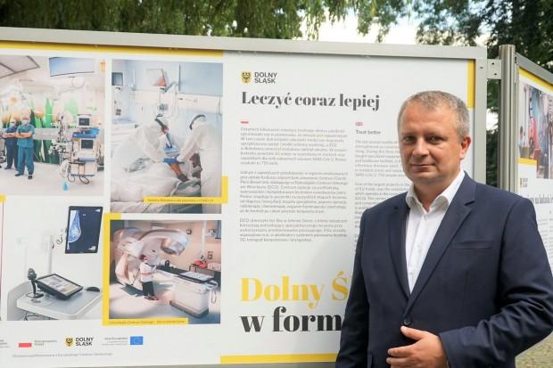 """Wystawa plenerowa """"Dolny Śląsk w formie"""" na bolesławieckich plantach"""
