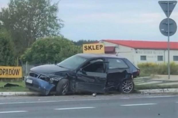Pijany kierowca wpadł, bo zdemolował barierę w Brzeźniku