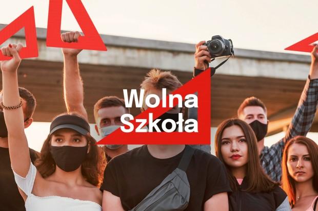"""Czy rząd już do cna zniszczy polską szkołę? Jest akcja protestacyjna """"Wolna Szkoła"""""""