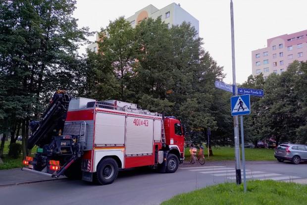 Akcja strażaków przy ul. Jana Pawła II. Podejrzenie wycieku gazu
