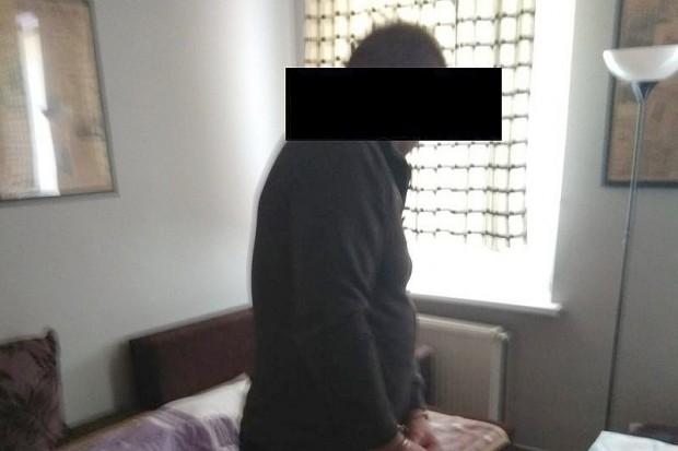 Bolesławieccy policjanci zatrzymali mężczyznę, który ukrywał się w Wałbrzychu