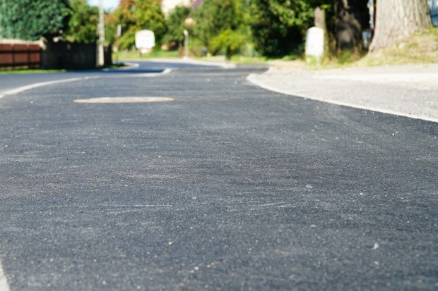 Droga powiatowa w Różyńcu przebudowana