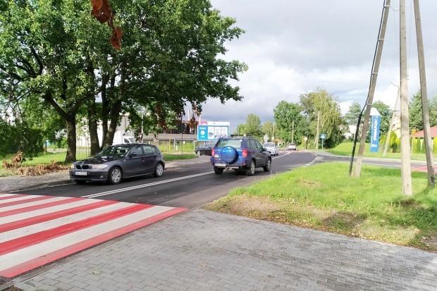Czytelnik krytycznie o oznakowaniu skrzyżowania ulicy Lubańskiej ze Śluzową