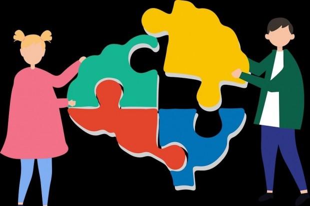 Spotkanie grupy wsparcia dla rodziców dzieci z autyzmem i zespołem Aspergera