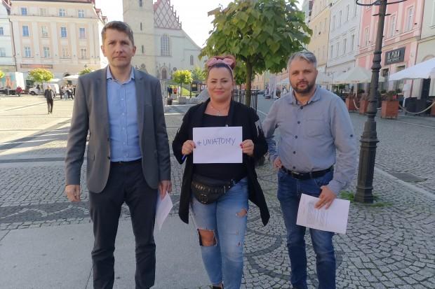 My zostajemy w Unii, bo Unia to my! Protest w Bolesławcu