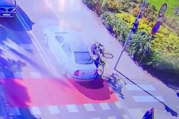 Wideo: 74-letni rowerzysta potrącony na przejeździe dla rowerzystów