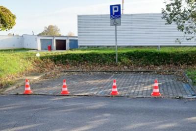 Zablokowane miejsca dla niepełnosprawnych