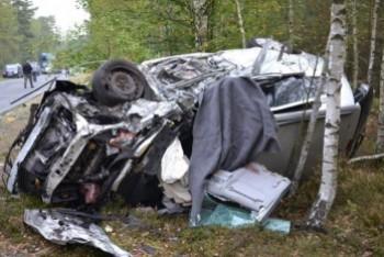 Kobieta zginęła w wypadku na drodze do Świętoszowa