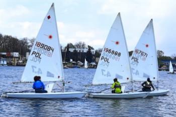 Zawodnicy UKŻ Pirat startowali w pierwszych regatach sezonu