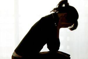 Obowiązkowe testy na depresję dla mam przed i po porodzie?