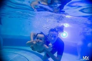 Majowe kursy nauki pływania dla małych i dużych oraz letni obóz pływacki
