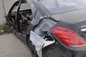 Policja zlikwidowała dziuplę z luksusowymi autami kradzionymi za granicą