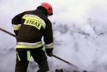 9 strażaków gasiło pożar na terenie byłego Rulimpe…