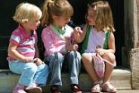 Dzieci czekają na miejsca w żłobku