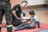 Strażacy uczyli w chobieńskiej szkole, jak udzielać pierwszej pomocy