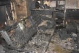 Policjanci uratowali życie mężczyznom uwięzionym w płonącej kamienicy