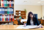Jakie są zalety outsourcingu usług kadrowo-płacowych?