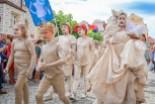 Mimo niepewnej pogody ludzie dopisali na paradzie Glina Show