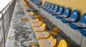 Po pijaku zniszczyli 65 krzesełek w obiekcie sportowym i auto dostawcze. Mają... 16–17 lat