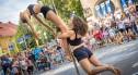 Widowiskowe pokazy pole dance i street workout podczas Glina Show