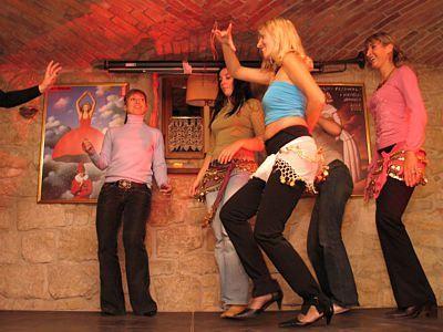 Tańczące kobiety