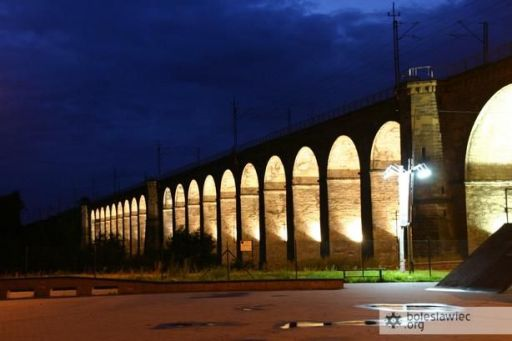 Iluminacja wiaduktu