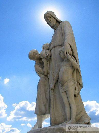 """Rzeźba """"Jezus Przyjaciel Dzieci"""""""