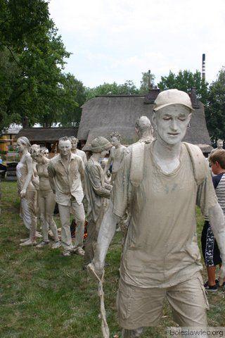 Parada glinoludów 14