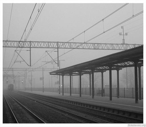 Dworzec poranną porą