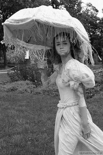 Portret z parasolem#2