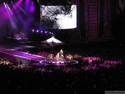 Koncert Madonny - Madonna i tancerze