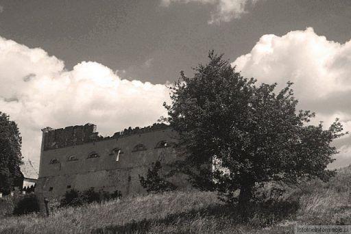 W Starych Jaroszowicach
