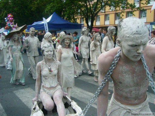 Kobieta z niewolnikiem ;)