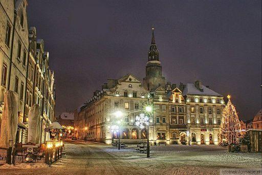 Zimowy wieczór w mieście