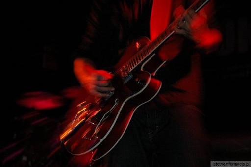 Gitarka w dobrych rękach