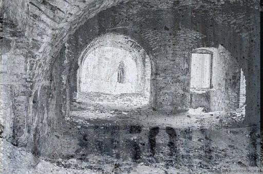 Ruiny2