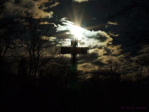 Krzyż Milenijny w innym świetle
