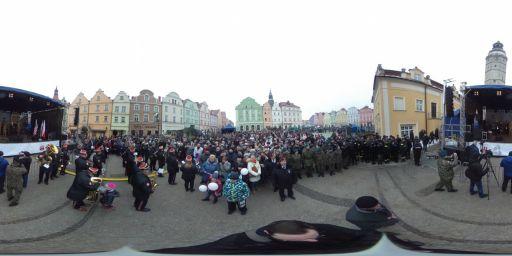 Powitanie żołnierzy amerykańskich w Bolesławcu
