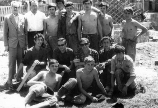 Jedna z brygad budowlanych ZSB na Osiedlu-Południe (1969 rok)
