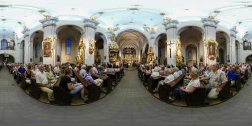 360: Imponująca iluminacja zabytków w Bazylice
