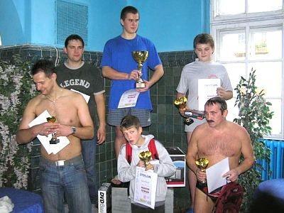 Zwycięzcy maratonu pływackiego
