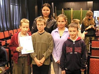 Dzieci ze Szkoły nr 3, zdobywcy II miejsca w turnieju
