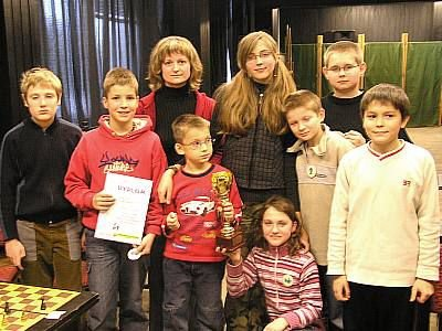 Dzieci ze Szkoły Podstawowej nr 4, zwycięzcy turnieju