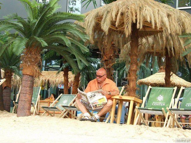 Wszyscy czytają gazetę Istotne Informacje :-) - Święto Ceramiki
