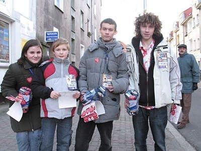 Wolontariusze Wielkiej Orkiestry Świątecznej Pomocy