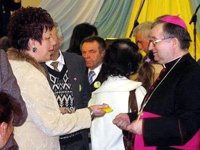 Barbara Kostyra i biskup