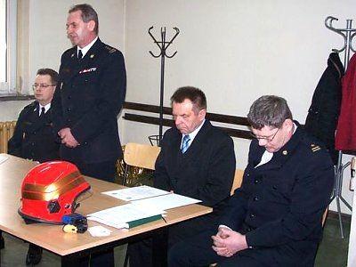 Strażacy i wicestarosta bolesławiecki