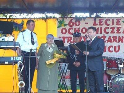 Janina Piestrak-Babijczuk i Stanisław Chwojnicki na Festynie Strażackim