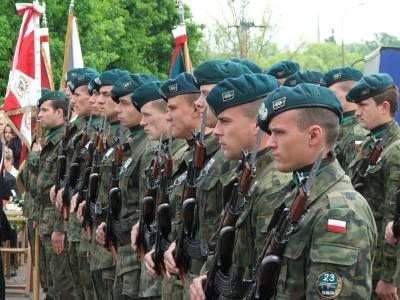 Kompania honorowa 23 Śląskiej Brygady Artylerii